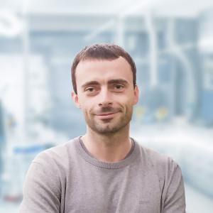 Dr. Peter Matvija